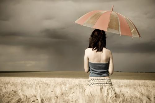 Neka na fotografiji bude... - Page 3 Umbrella-woman